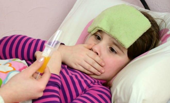 Bé uống kháng sinh nhiều có tốt không?