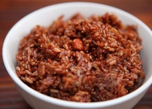 1 chén cơm gạo lứt chứa bao nhiêu calo