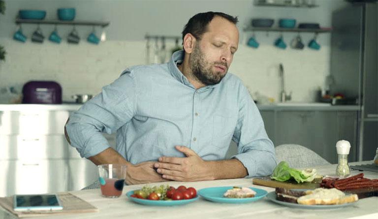 Đau bụng sau khi ăn đồ ăn là bệnh gì, có bị nguy hiểm không?