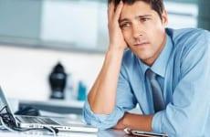 Trào ngược dạ dày gây mệt mỏi sốt đau đầu buồn nôn