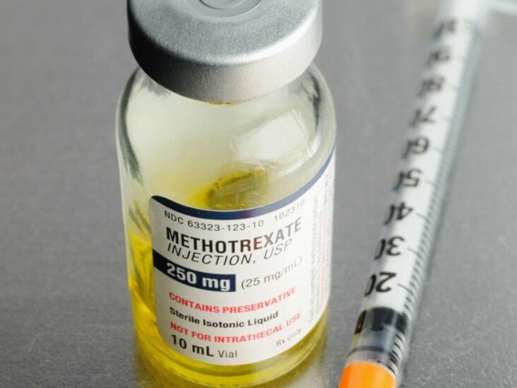 Chú ý khi dùng methotrexate điều trị viêm khớp dạng thấp