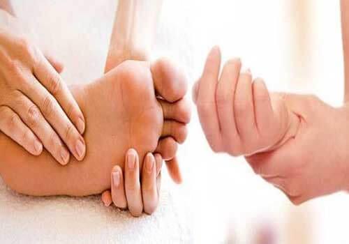 Tê tay chân là bệnh gì?