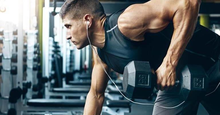 Tập gym ảnh hưởng gì đến người bị gai cột sống?