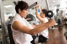 Bị gai cột sống có nên tập gym không