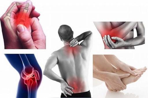 Triệu chứng kèm theo đau nhức xương khớp