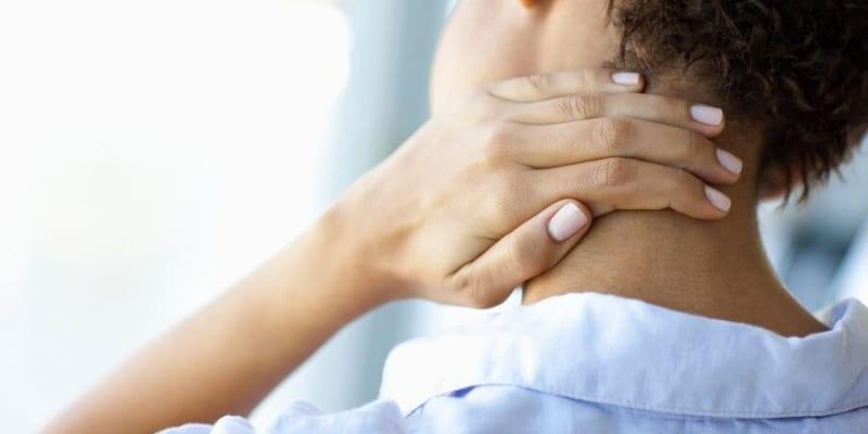 Triệu chứng kèm theo đau đầu sau gáy khác