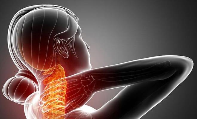 Triệu chứng đau vai gáy kèm theo