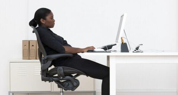 Ghế ngồi làm việc chống đau lưng