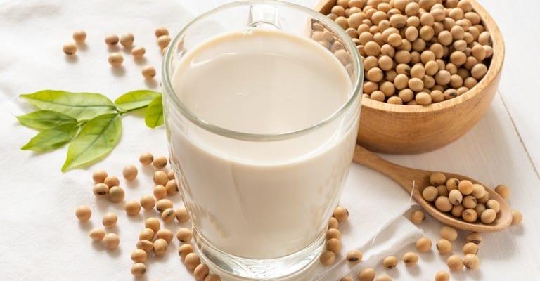 Sữa đậu nành không tốt cho người bệnh dạ dày