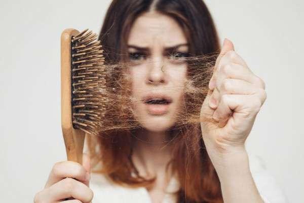 Thận yếu gây rụng tóc có nguy hiểm không?