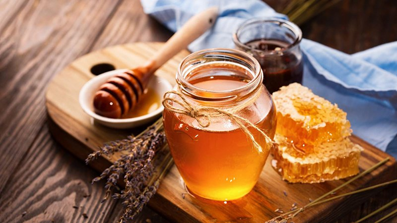 Mẹo chữa viêm họng hạt bằng mật ong