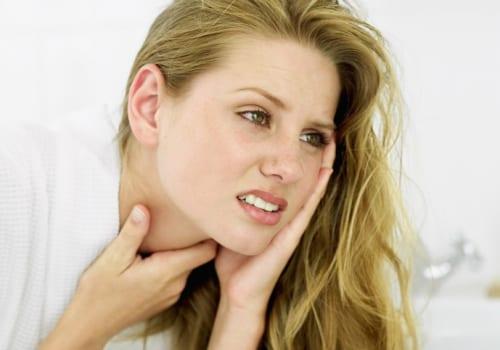 Đau họng đau tai là dấu hiệu bệnh gì?