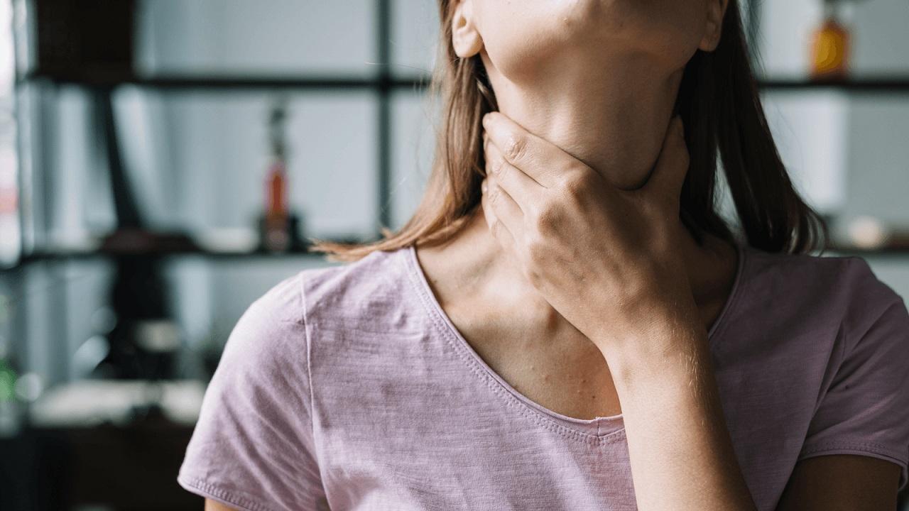 Đau họng sau khi cắt amidan