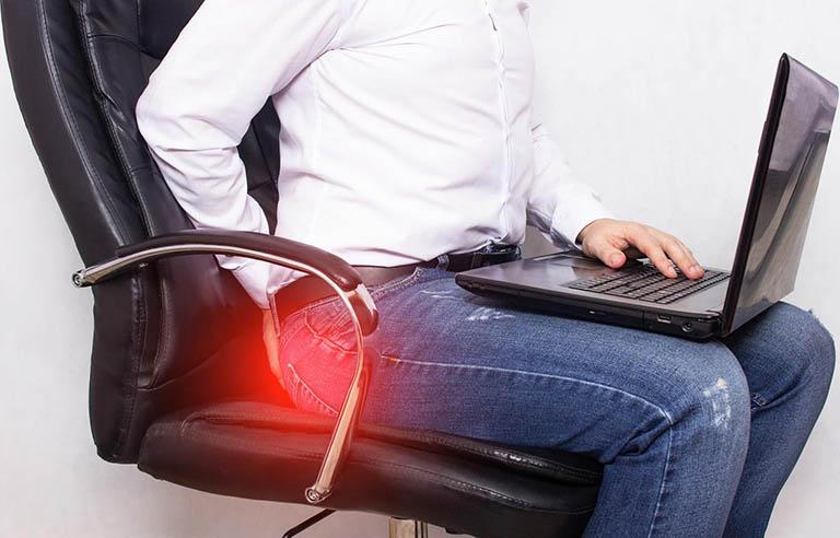 Ngồi nhiều bị trĩ ảnh hưởng như thế nào tới sức khỏe?