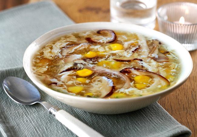 Súp gà món ăn tốt cho người viêm họng hạt