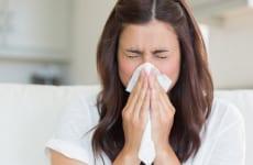 Tìm hiểu bệnh viêm họng dị ứng