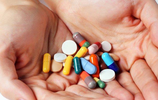 Sử dụng thuốc Tây điều trị viêm họng xuất tiết